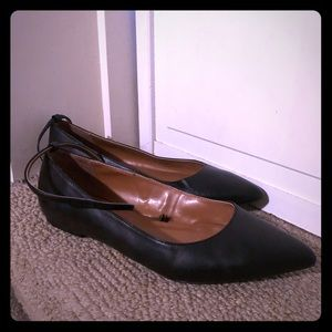 Flat Mary Jane shoe